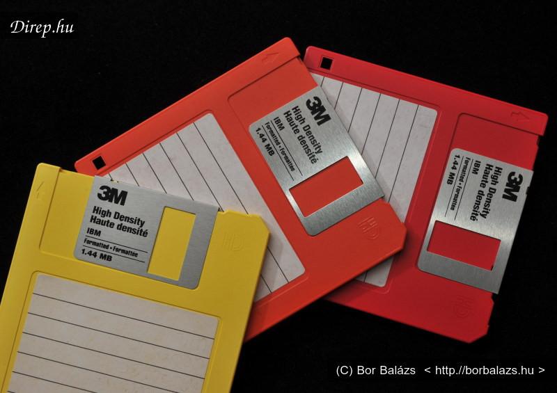 Floppy lemezre rögzítő digitális fényképezőgépek